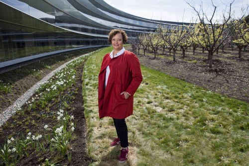 Apple's next big thing could one day be an all-recycled iPhone. Environmental boss Lisa Jackson tells us about the ambitious plan to get there.