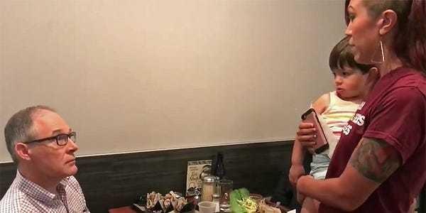 Woman confronts EPA head Scott Pruitt in a Washington, DC, restaurant - Business Insider