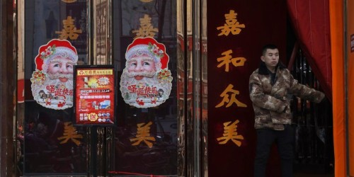 China forbids Christmas decorations as Xi Jinping ramps up war against religion and foreign culture
