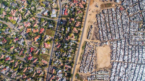 A drone captured these shocking photos of inequality in South Africa - Business Insider
