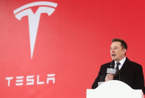 Traders are stocking up on Tesla 'crash protection' ahead of the electric-car maker's Q1 results (TSLA)