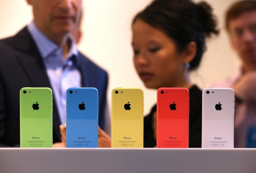 If The iPhone 5C Is Such A Flop, Why Is It Outselling The Vast Majority Of Android Phones?