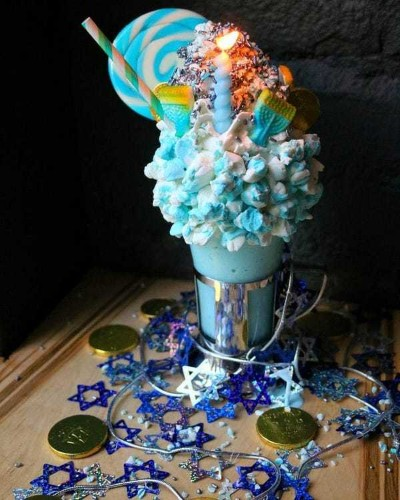 This New York City restaurant makes some of the craziest milkshakes you will ever see - Business Insider