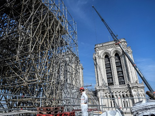 Notre-Dame photos show restoration, but the cathedral is still at risk - Business Insider
