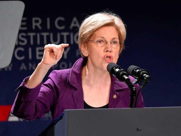 Elizabeth Warren urges the Fed to replace 12 Wells Fargo directors - Business Insider