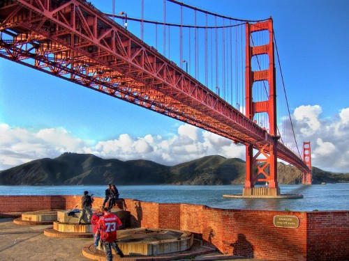 Locals share insider tips on visiting 18 popular tourist attractions around the world