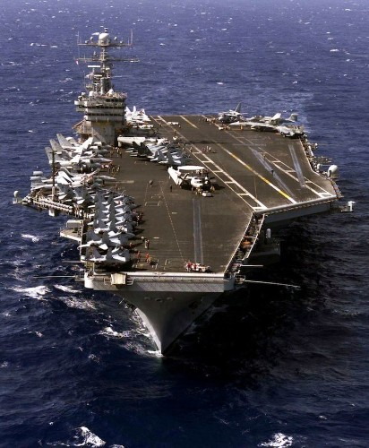 41 pictures that show why a US aircraft carrier is such a dominant force