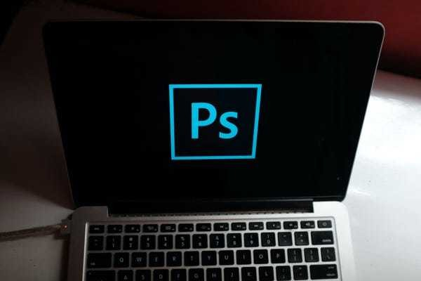 How to remove the background of an image in Photoshop using 2 different methods - Business Insider