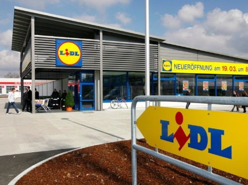 Budget grocers Aldi and Lidl are killing the competition by introducing premium products