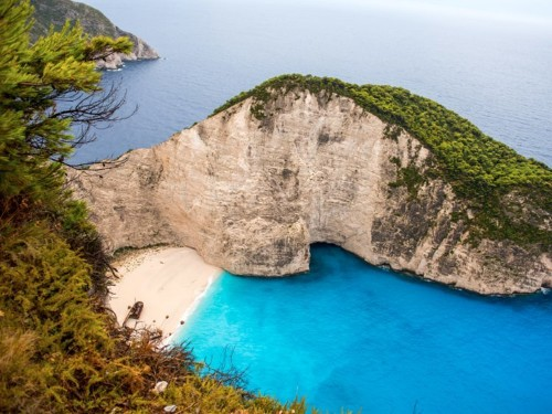 6 secret beaches that you can only get to on a yacht