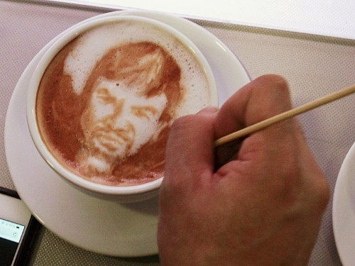 20 awesome photos of extreme latte art