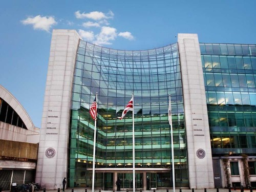SEC: We Don't Have The Manpower To Scrutinize Investment Advisors