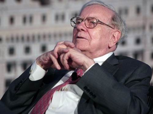 Warren Buffett shared his best investment advice — and said the 'elite' have wasted $100 billion ignoring it