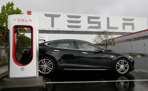 Elon Musk says that the Tesla Model S will have over 600 miles of range in 2 years