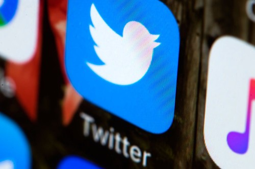 How to make your Twitter account private on desktop or mobile, and choose who can see your tweets