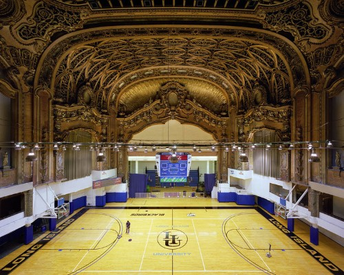 Fascinating photos of abandoned movie palaces reveal the decline of movie-going in America