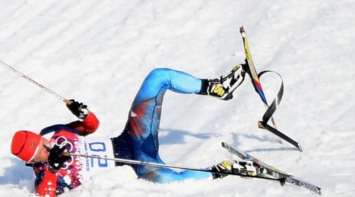 Cross Country Skier Breaks Ski, Still Finishes The Race After An Opposing Coach Runs Onto The Course To Help Him