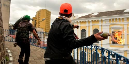 Ecuador's president makes fuel deal to end weeks of violent protest - Business Insider