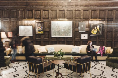 Here's what it's like to stay at New York City's No. 1 ranked hotel, which has a dynamite cocktail bar and beautiful decor