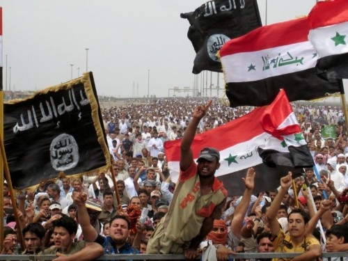 The US military is accusing ISIS of telling its fighters to pose as Iraqi soldiers and massacre civilians