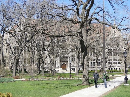 The University of Chicago is canceling classes Monday after the FBI warned of possible gun violence
