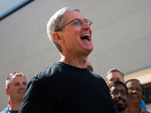 Tim Cook and Eric Schmidt have invested in a startup that makes shower heads