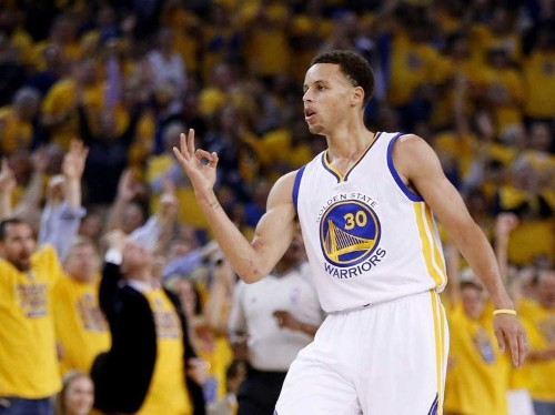 Boston Celtics player describes why it's so hard to guard Stephen Curry