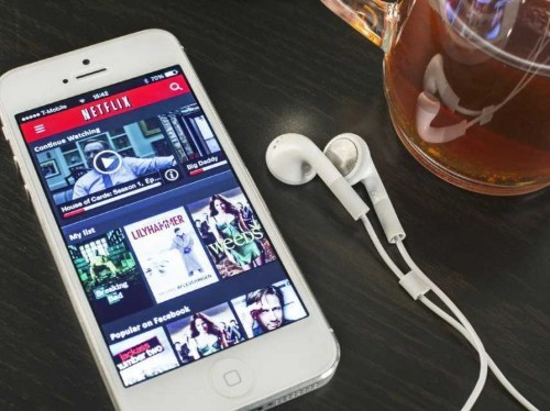 Here's How You Can Vastly Increase The Number Of Shows And Movies You Can Get On Netflix