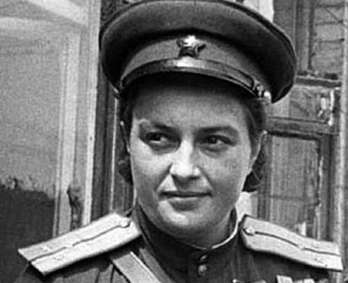 Meet the world's deadliest female sniper who terrorized Hitler's Nazi army