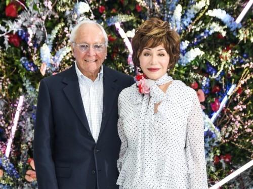 Billionaires Stewart and Lynda Resnick pledge $750 million to Caltech