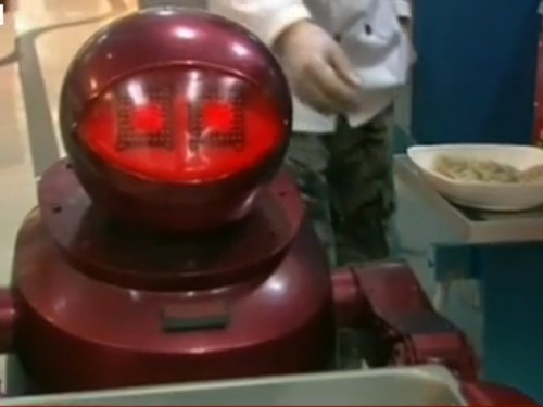 There's A Restaurant In China Where All The Food Is Prepared And Served By Robots