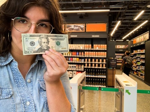 What it's like to pay cash at a cashless Amazon Go store