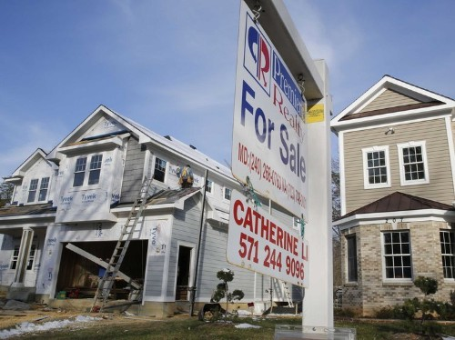 Pending home sales jump to nine-year high