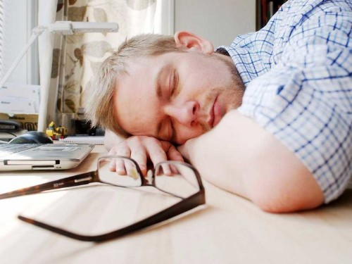 Scientists have found yet another reason we should all be napping at work