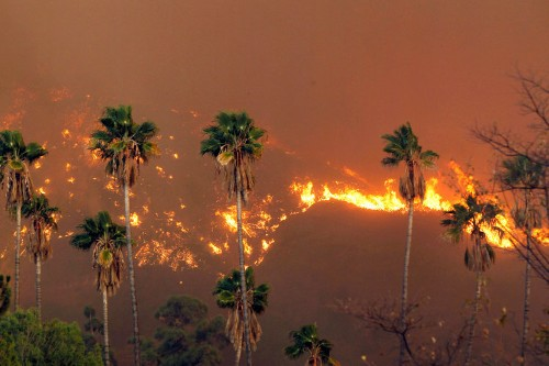 The Enormous California Wildfire Looks Like Hell On Earth
