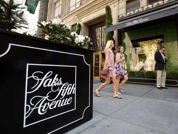 How to use and maximize the Amex Platinum's annual Saks credit - Business Insider