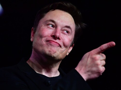 Elon Musk successfully tweeted using Starlink satellite for first time - Business Insider