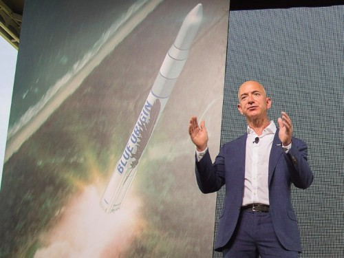 Jeff Bezos' space company expects to start flying passengers in 2018