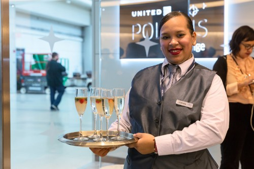 United is doubling down on its business class offerings — and that could be good news for investors