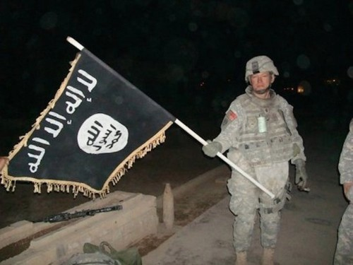 2 Army veterans explain this ominous 2008 photo from Iraq