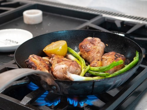 Made In's Carbon Steel Pan review: the perfect hybrid cookware
