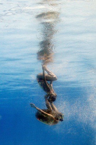 Incredible photos show a side of synchronized swimming you've never seen before