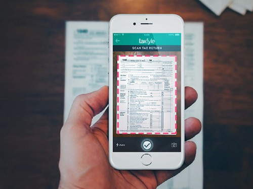 A new app wants to be the 'Uber for filing taxes'