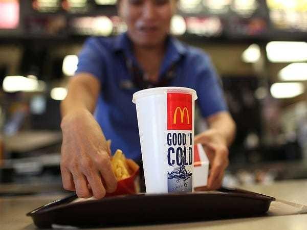 Viral incidents are making fast food work even harder - Business Insider