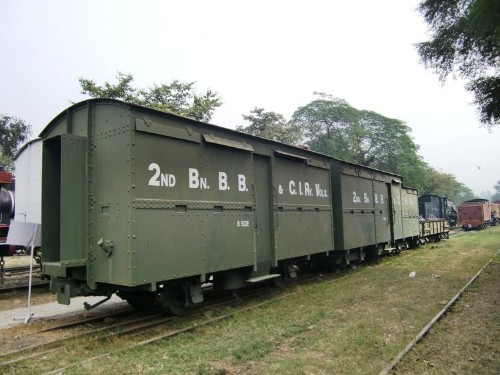 These are the incredible armored trains of World War I and World War II