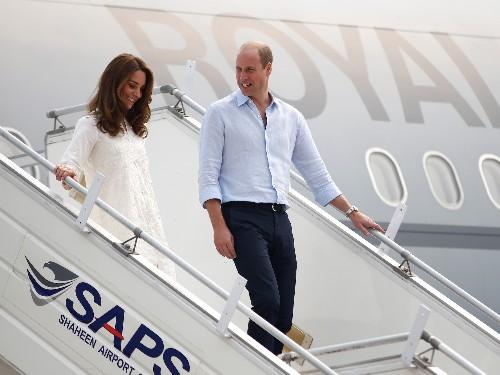 Prince William, Kate Middleton's plane aborts landing in Pakistan - Business Insider