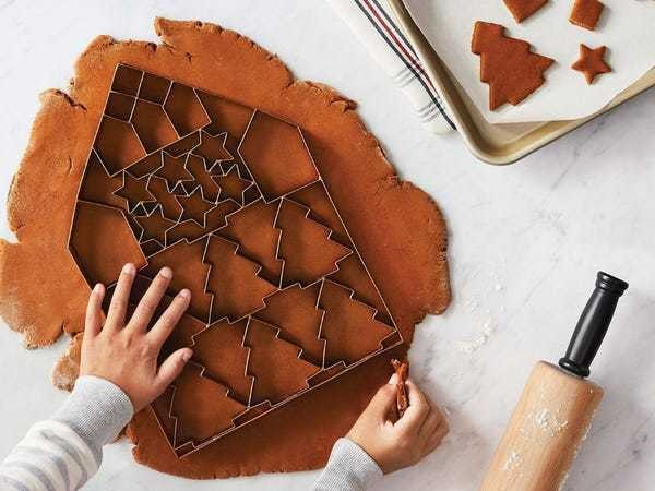 Target is now selling a giant cookie cutter that can cut out 24 cookies at once - Business Insider