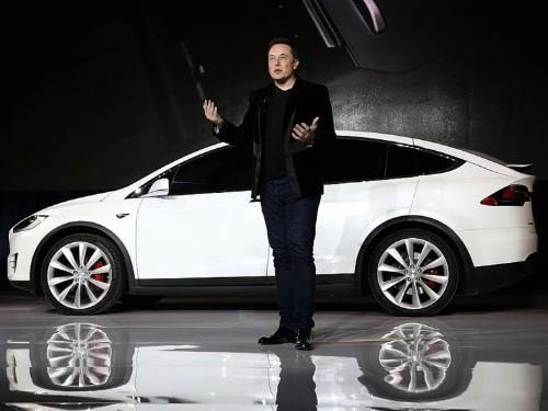 Tesla will burn through $1.1 billion in cash this quarter