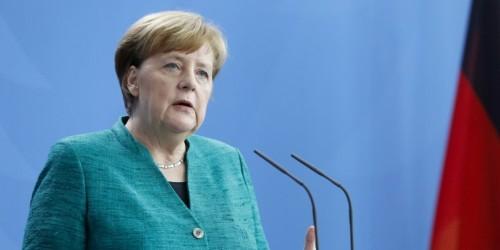 Angela Merkel plans to step down as CDU leader, stay German chancellor