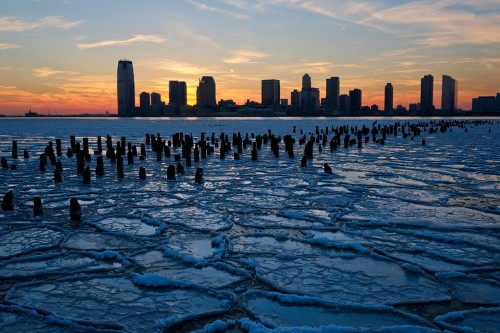 Sea levels are rising faster than they have in 28 centuries — and it spells a worrisome reality for New York City